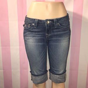 True Religion shorts Size 29 😍